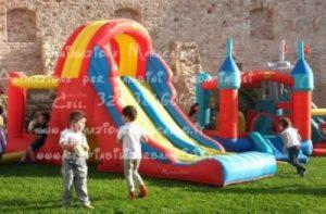 Gonfiabili Ancona a noleggio Giochi in affitto feste per bambini vendita